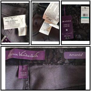 GV | Amanda Classic Tapered Layered Stencil Jeans